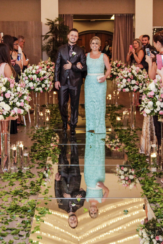 Chão espelhado na cerimônia