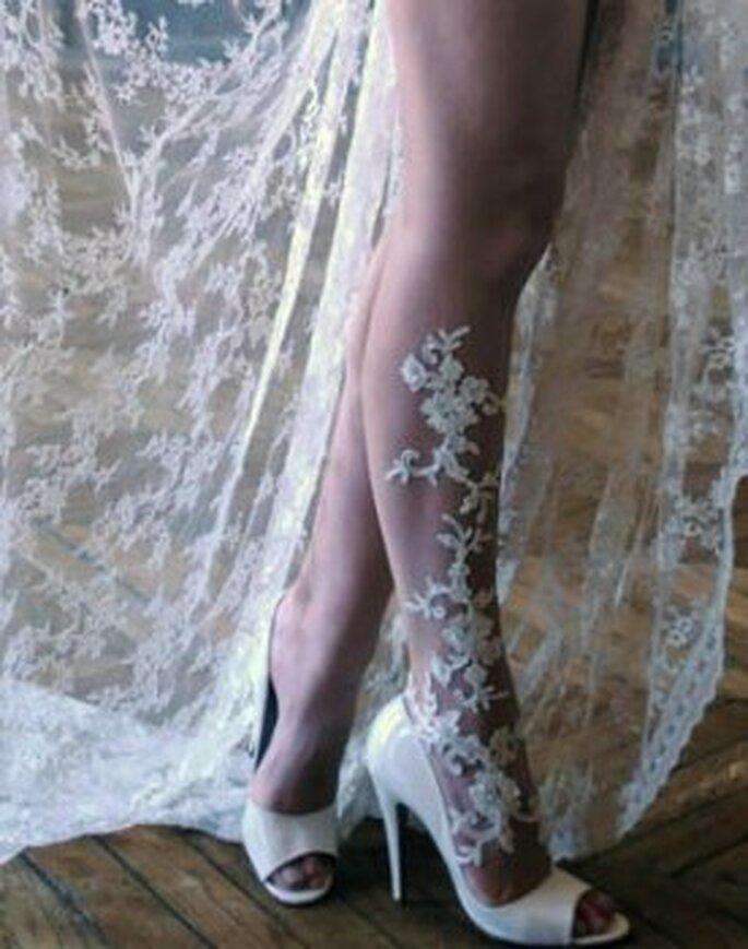 Bijoux de peau modèle dentelle impatiente - Photo © S. de P. Marbella