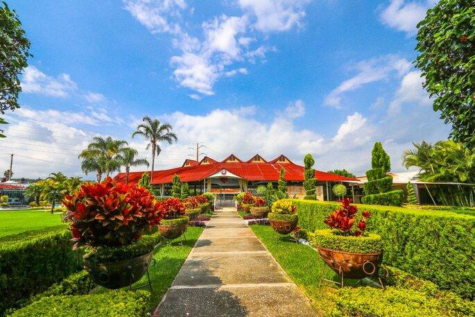 Jardín Paraíso del Lago jardines para bodas Jiupetec