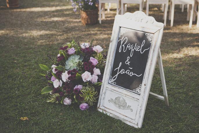 Placa com nome dos noivos