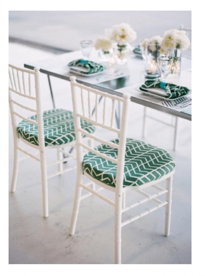 Sillas con tapices en color verde esmeralda - Foto Justin De Mutiis