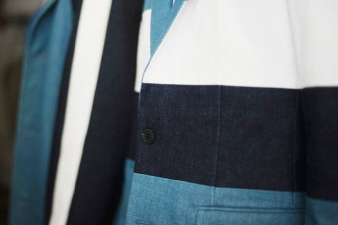 Detalle de bloques de color en el traje de novio - Foto Wooyoungmi
