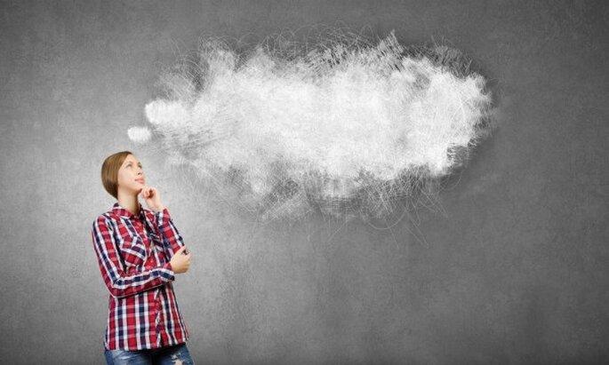 razones por las que las novias inteligentes son las más sexies - Shutterstock