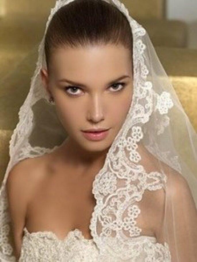 Una mantilla de novia te hará lucir muy sofisticada