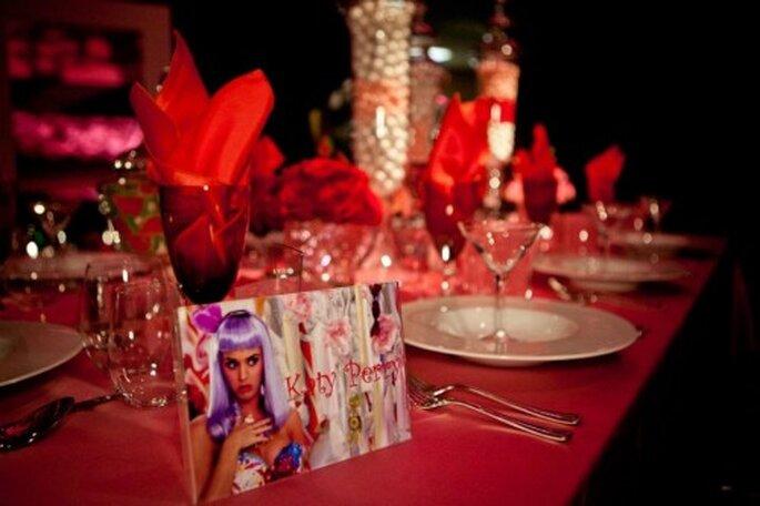 Mesa de boda decorada al estilo de Katy Perry - Foto: Floramor Studios Facebook