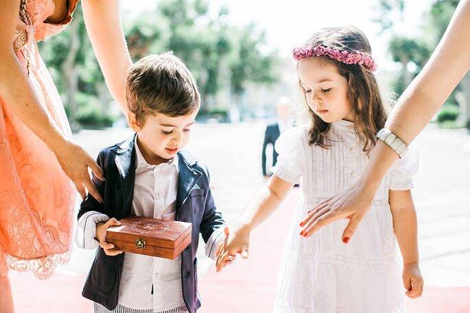 meninos das alianças menino menina casamento
