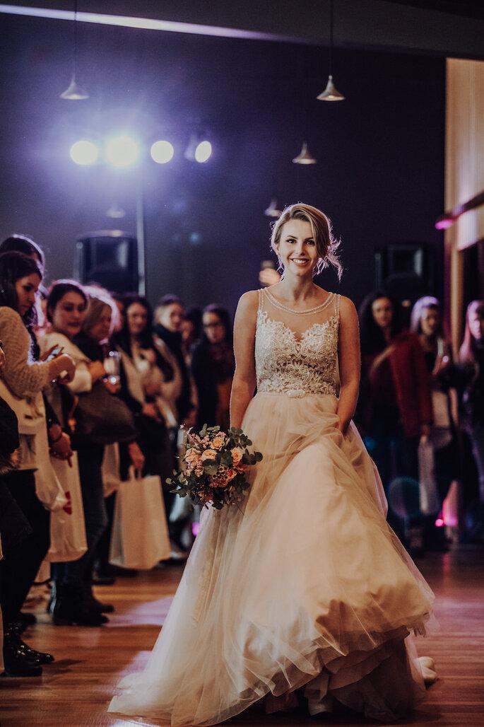 Brautmodenschau bei der Hochzeitsmesse Bridal Teatime.