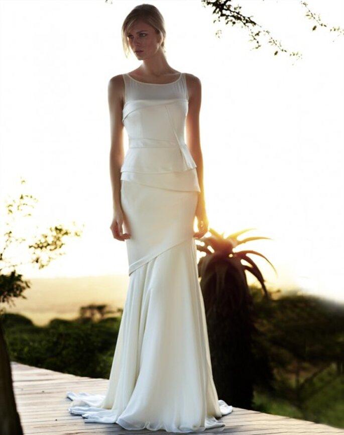 Vestido de novia elegantes con pliegues - Foto Amanda Wakeley
