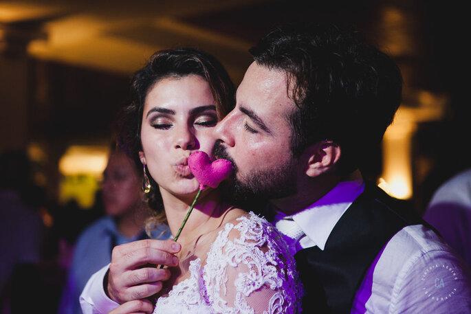 Coração com noivos