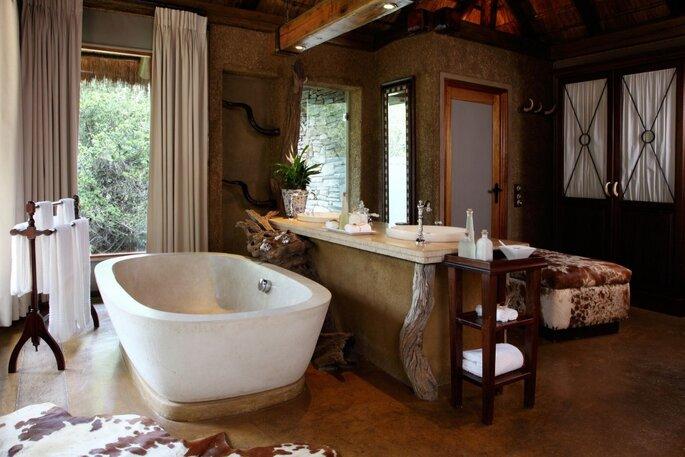 Camp Jabulani Bathroom