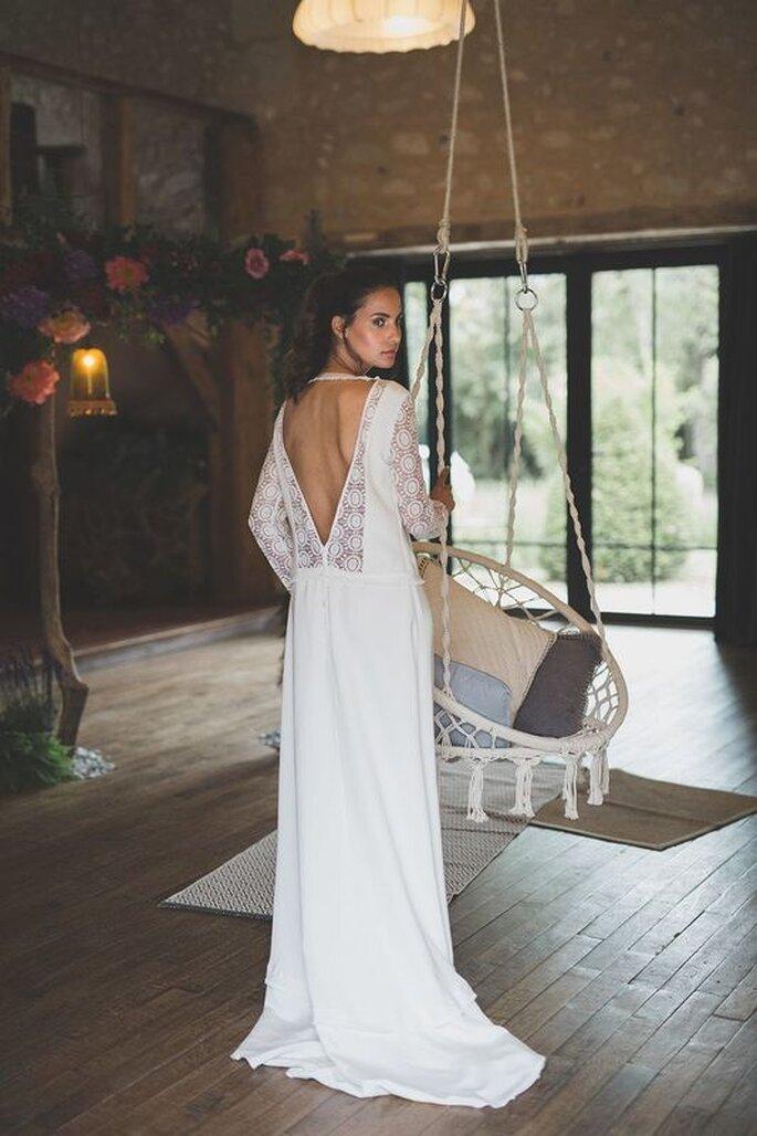 Robe de mariée dentelle avec un dos nu