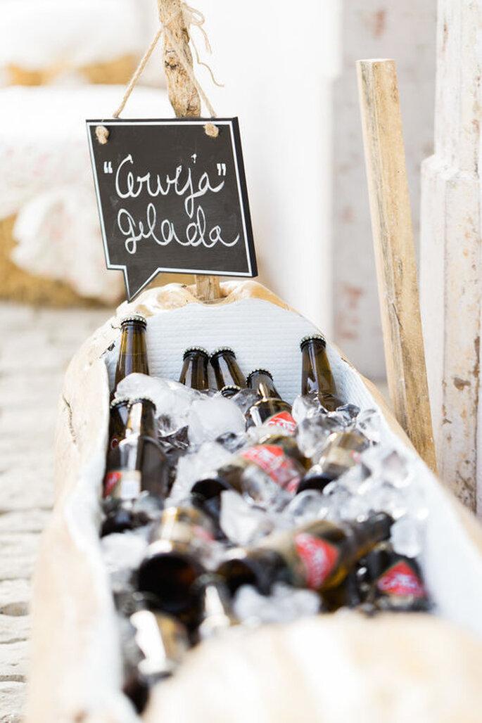 bebidas de casamento: cerveja num balde com gelo
