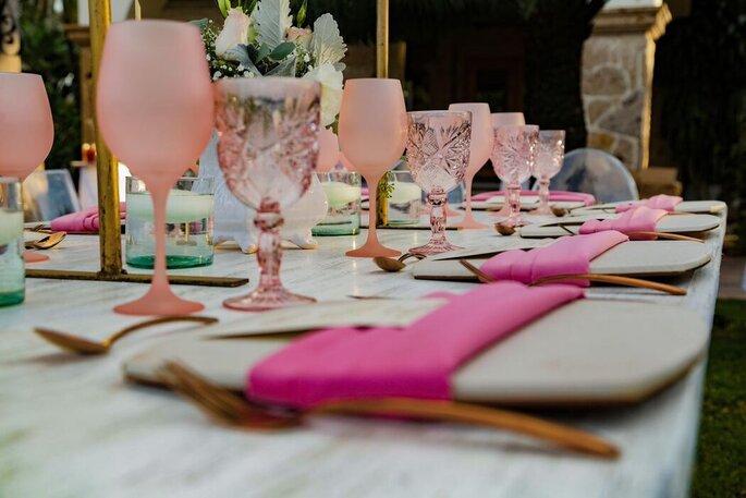 Menaje para las mesas del banquete