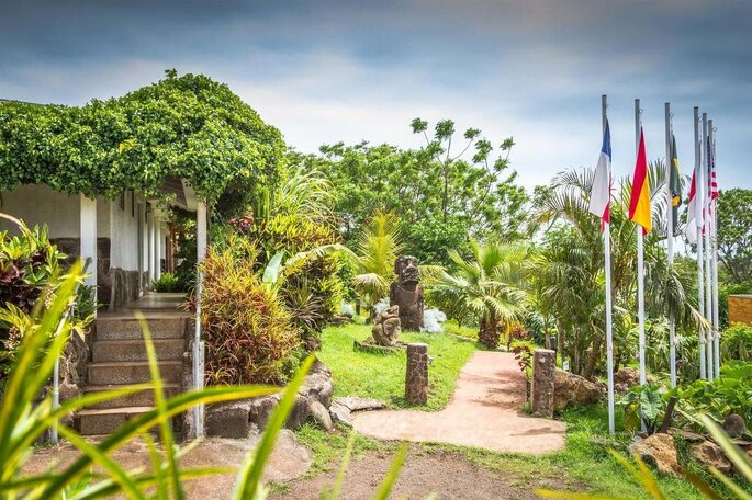 Easter Island Eco Lodge