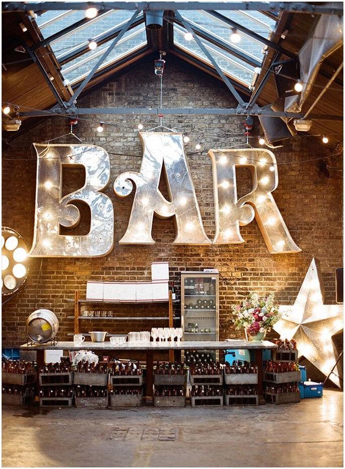 Industrial Style Hochzeit Weddings Sign Bar