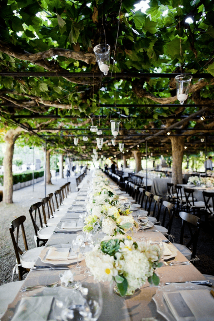 Elige una mesa imperial para el banquete de tu boda - Foto Geoff Johnson