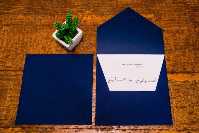 Personalize o convite com as cores que gosta