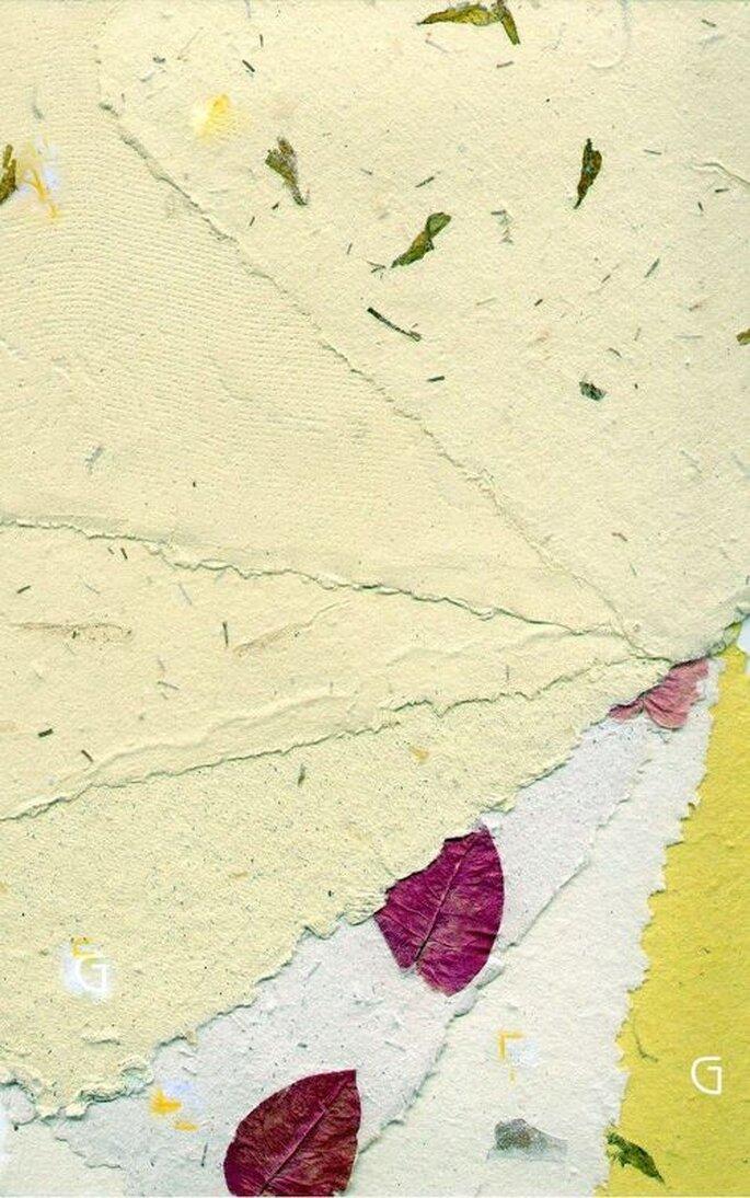 Fogli di carta riciclata per scrivere i desideri