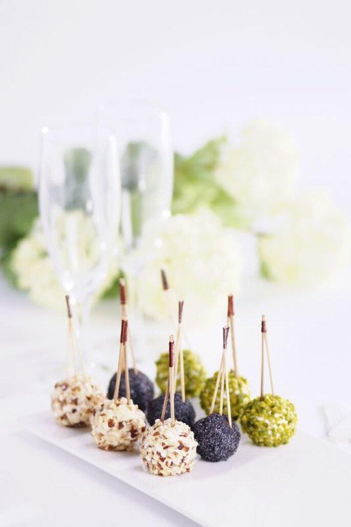 Délices Éphémères - mignardises en forme de boules, amuses-bouches aux trois saveurs