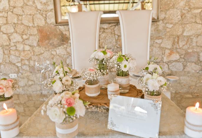 Quinta São Miguel de Arcos. Decoração mesa com flores