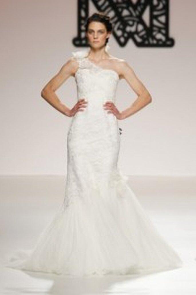 Model Novias 2011. Falda sirena.