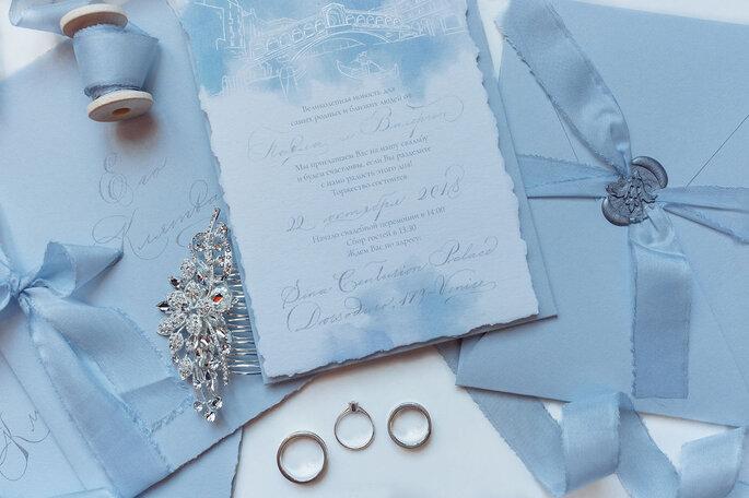 partecipazioni di nozze in blu