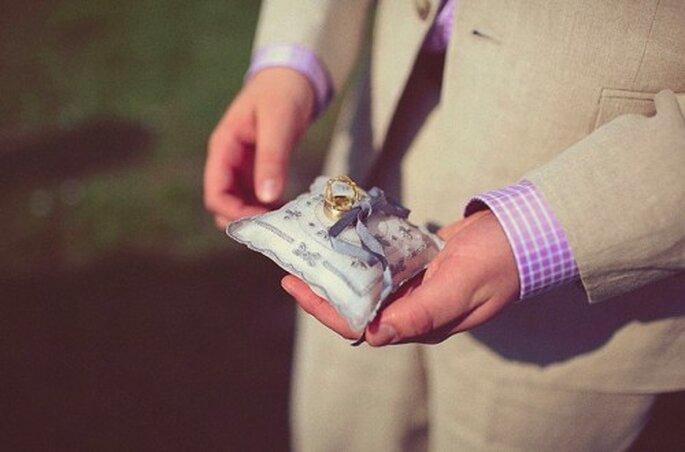 Klassische und originelle Ringkissen für Ihre Hochzeit – Foto: flickr/zankyouweddings