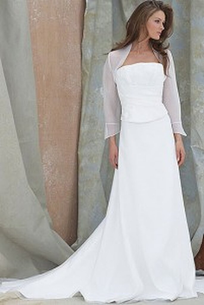 Antigua by Berketex Bride - plain bodice with Loira skirt