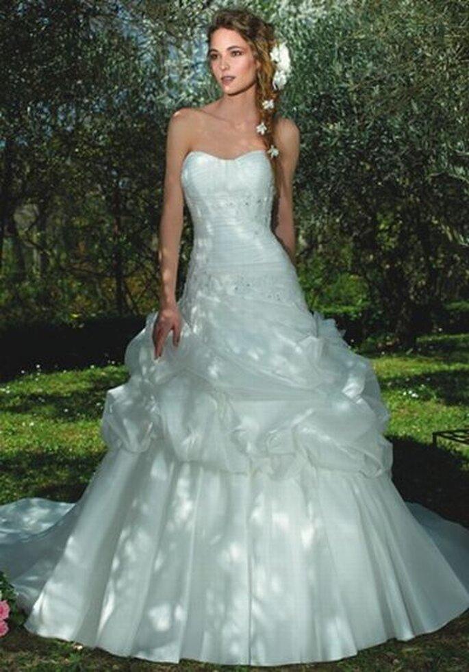Brautkleid von Divina Sposa DS_122-10- http://www.thesposagroup.com