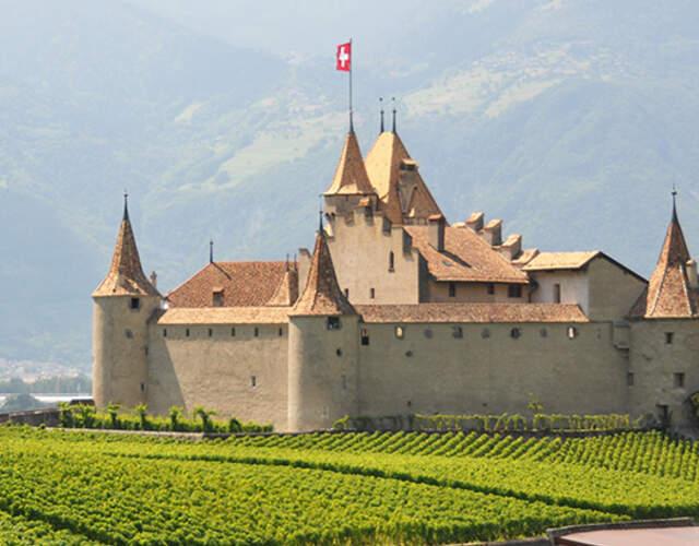 Burgen und Schlösser für die Hochzeitsfeier in Glarus