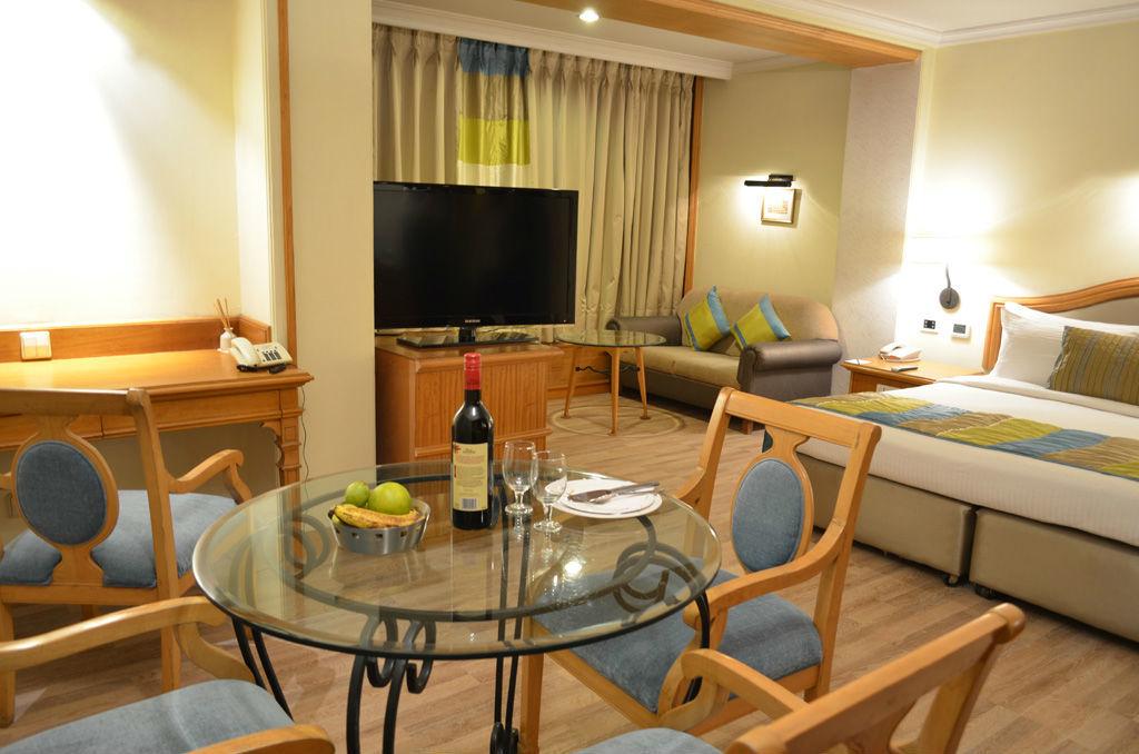Maya Hotels