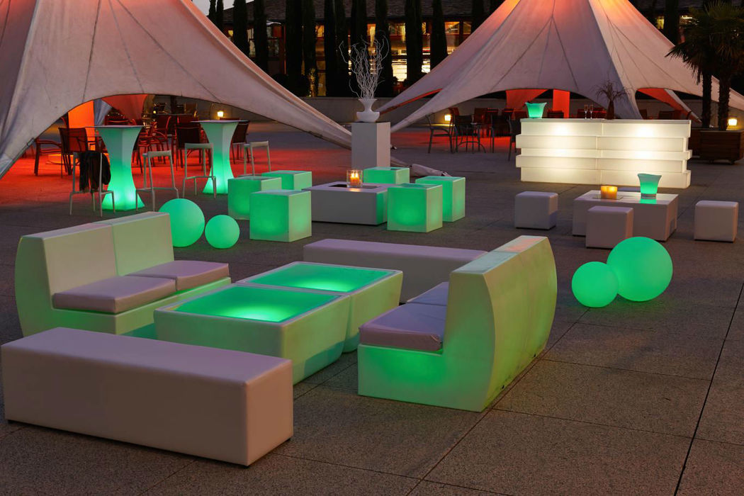 Gran variedad de Chill Out y carpas a medida.