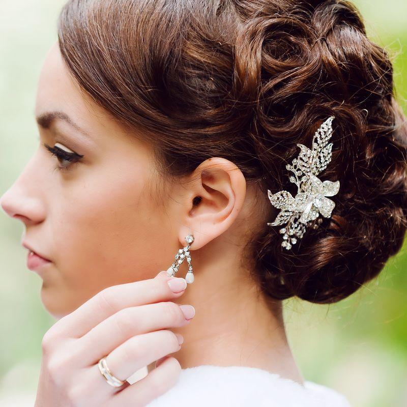 Татьяна. Украшение в причёску дополняет образ невесты