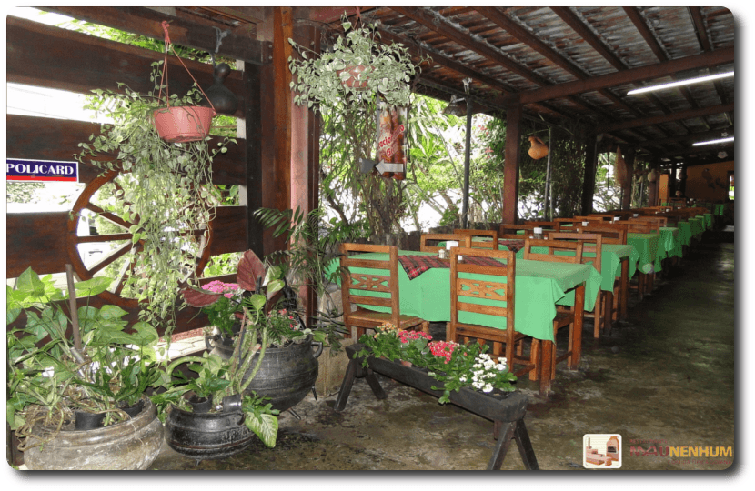 Restaurante Mau Nenhum