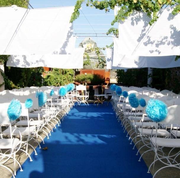 Ceremonia civil de azul y blanco