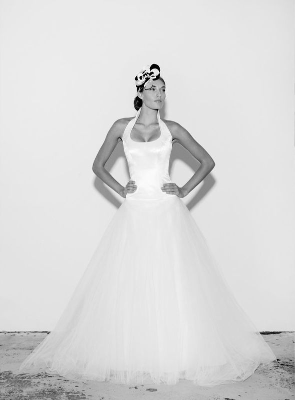 Beispiel: Brautmode von klassisch bis frech, Foto: Salon.
