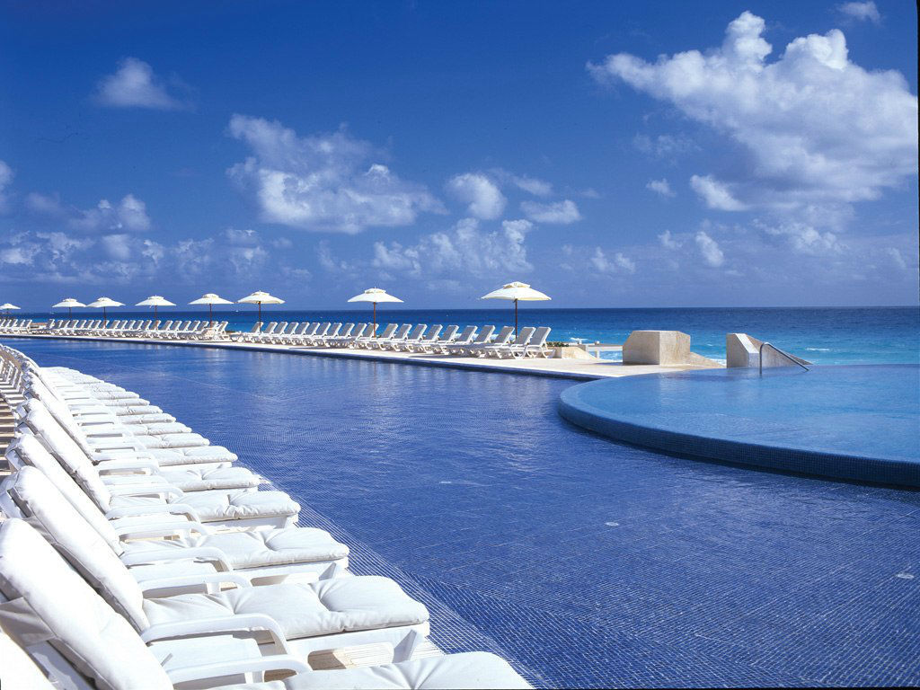 Live Aqua Cancún