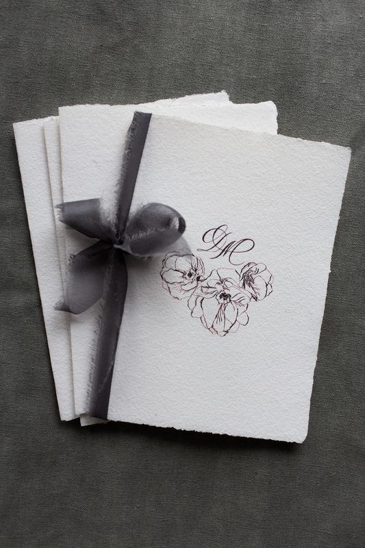 пригласительные на свадьбу, каллиграфия, бумага ручной работы