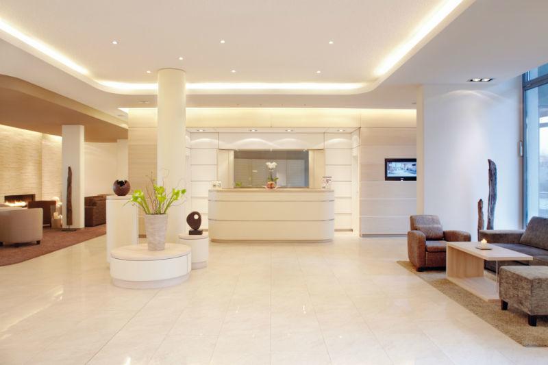 Beispiel: Lobby, Foto: Hotel Ambassador.