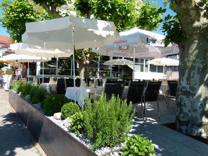 Beispiel: Terrasse in der Sonne, Foto: AKZENT Hotel Löwen.