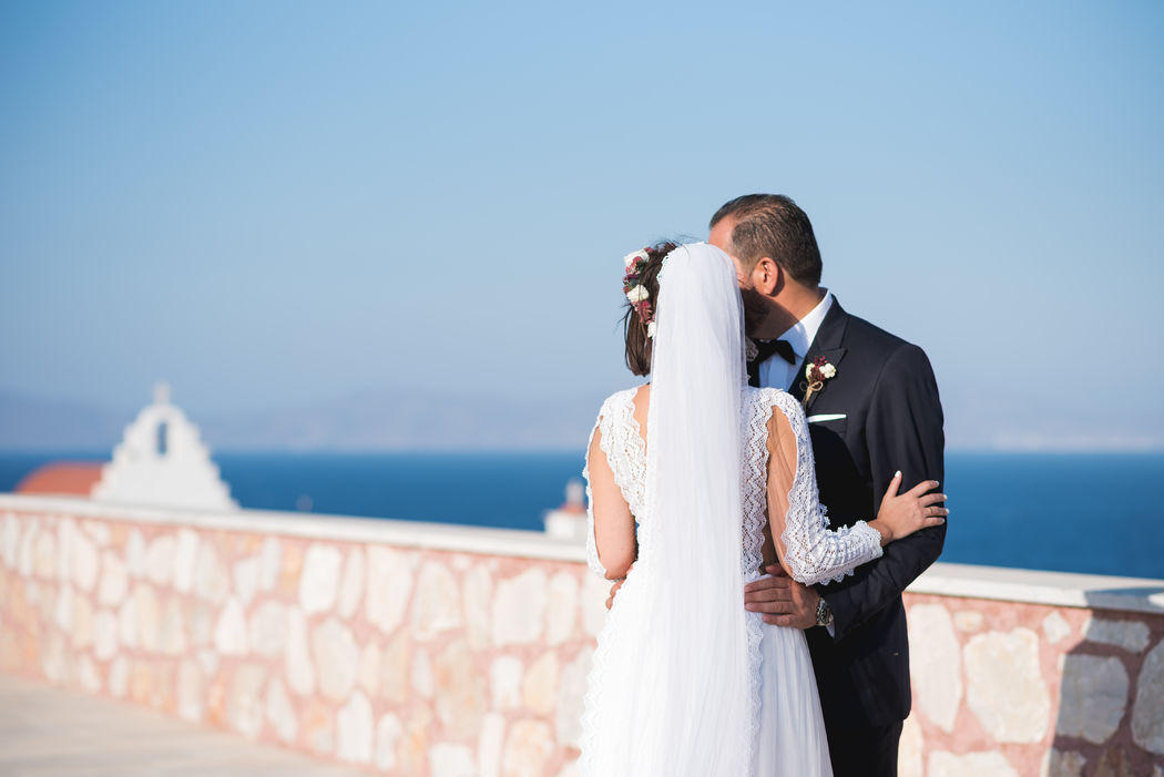 Mrs & Mr - Photographic Moments