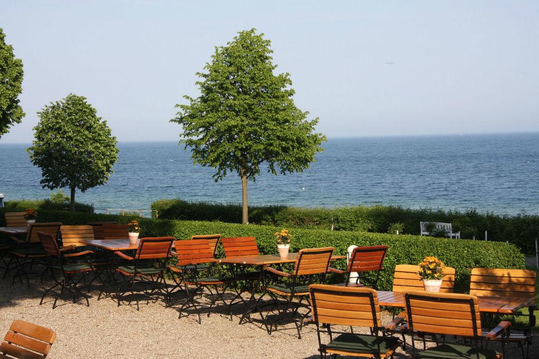 Beispiel: Terrasse, Foto: Hotel Seehof Sierksdorf.
