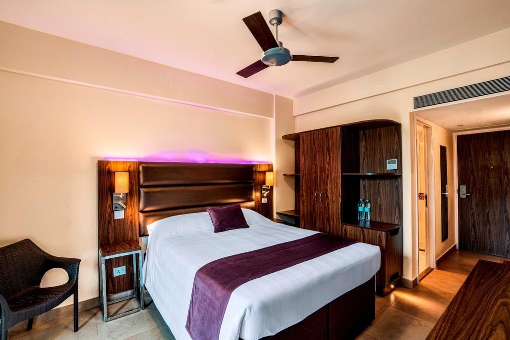 Caspia Hotel