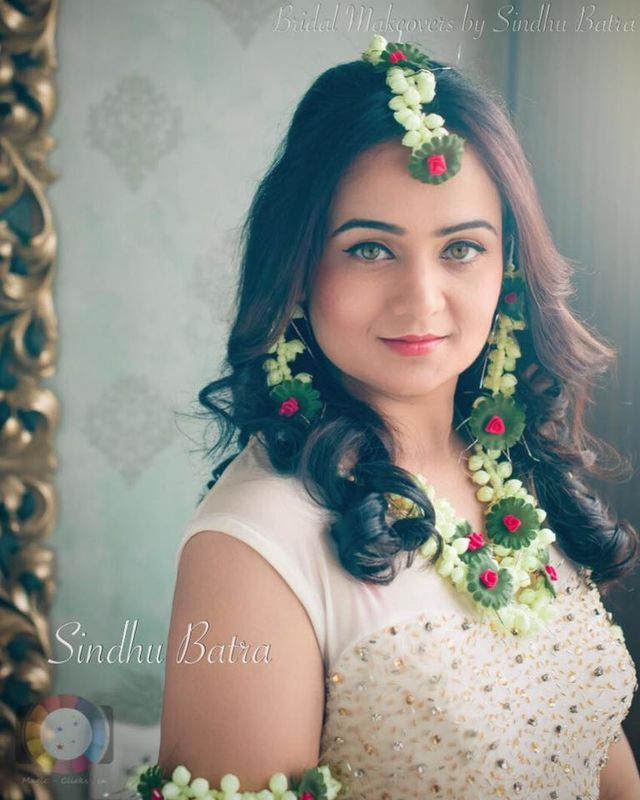 Sindhu Batra - Hair and MakeUp Studio