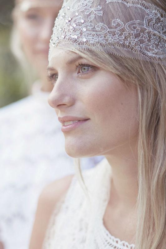 Bandeau de mariage bohème en dentelle et strass.  wedding Headband en dentelle
