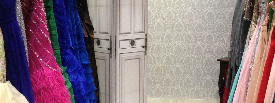 Beispiel: Braut- und Abendmode, Foto: White Silhouette.