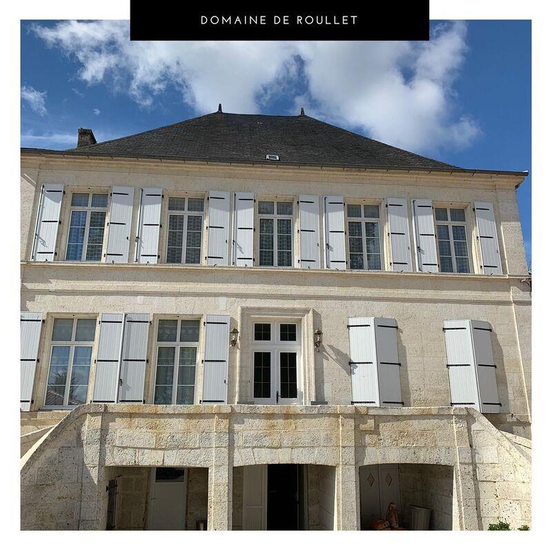 Domaine de Roullet***