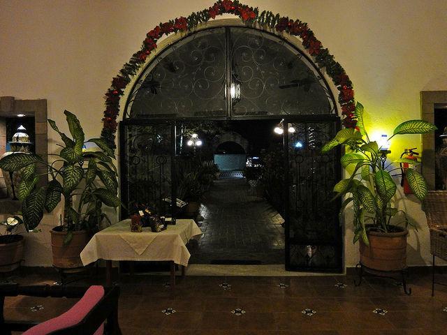 Casa Mission Restaurant en Cozumel para que celebres tu boda a lo grande
