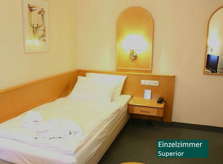 Beispiel: Hotelzimmer, Foto: Hotel Rheinsberg am See.