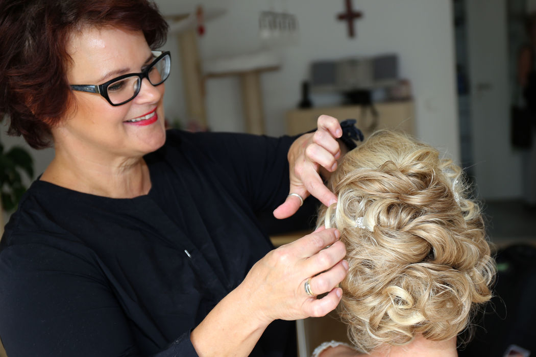 Hair with Make-up